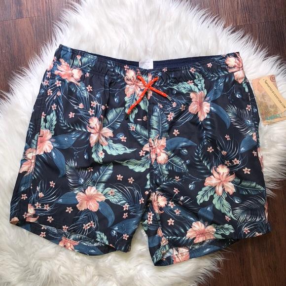 5e5b4628f4 ISLAND HAZE Men's XXL 2XL swim shorts floral $50. M_5b82c9c2c2e88e8b093eae35